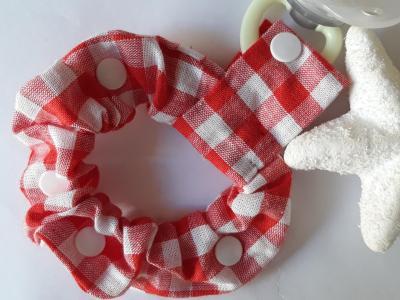Bracelet porte sucette coton vichy rouge