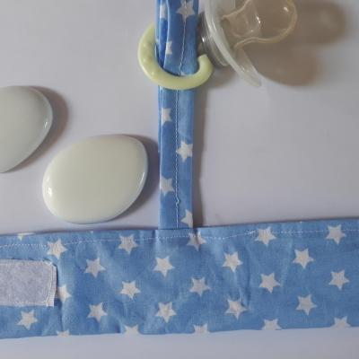 Bracelet porte sucette bleu lacet