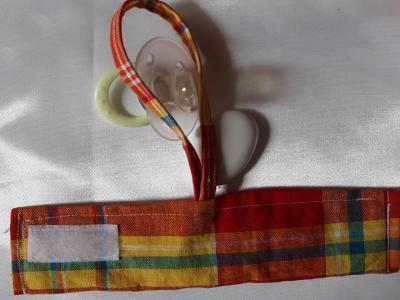 Bracelet porte sucette madras