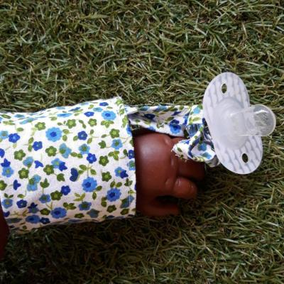 Bracelet lacet fleuri bleu vert