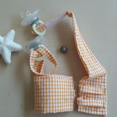 Duo bracelets porte sucette orange vichy