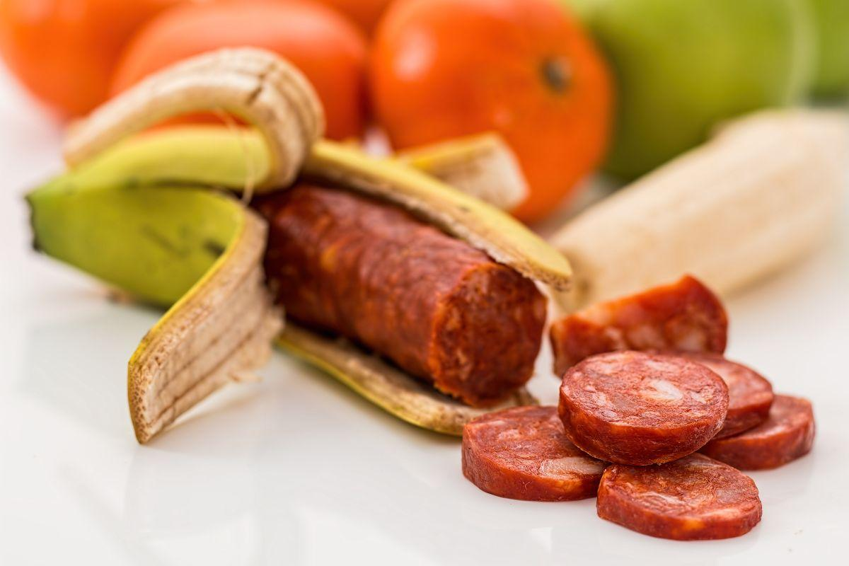 Artificial banana banting beef 208450