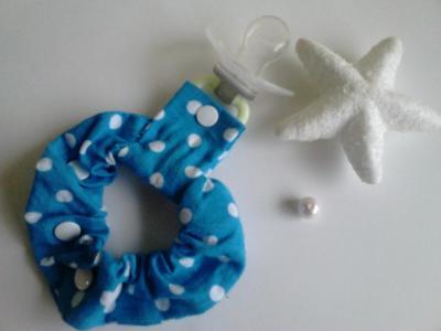 Blue white pea lollipop bracelet